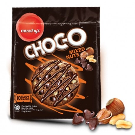 Munchy's Choc-O Mixed Nuts Chocolate Chip Cookies 235g (10's)